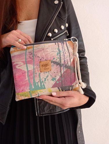 lienzo hecho bolso de la colección wildrose, número 2 de pilarcho art