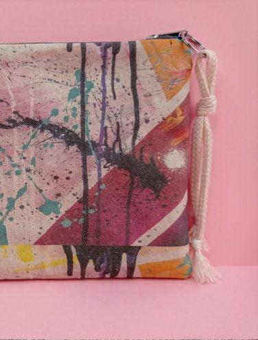 detalle de un lienzo hecho bolso de la colección wildrose, número 2