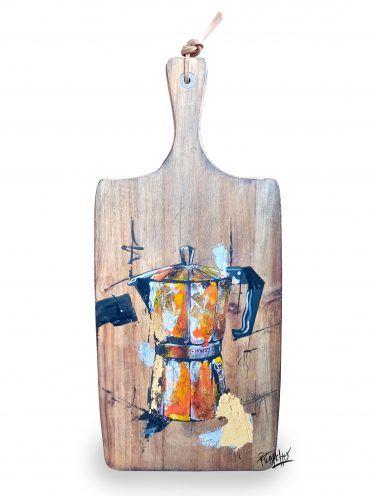 Pieza Original. Cafetera Monix naranja sobre madera tratada y envejecida.